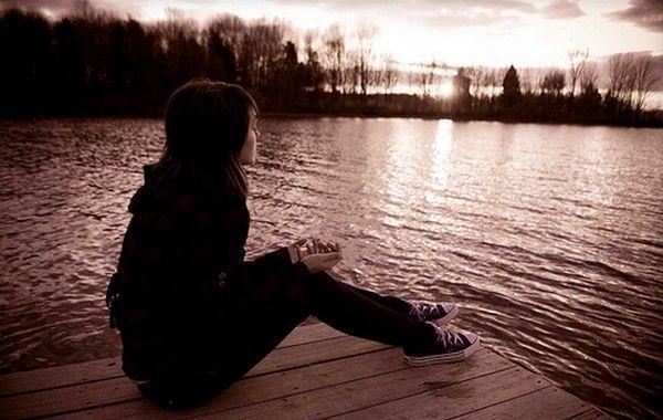Jika bersamanya kau temukan kebahagiaan, mungkin sudah saatnya aku kau lupakan...