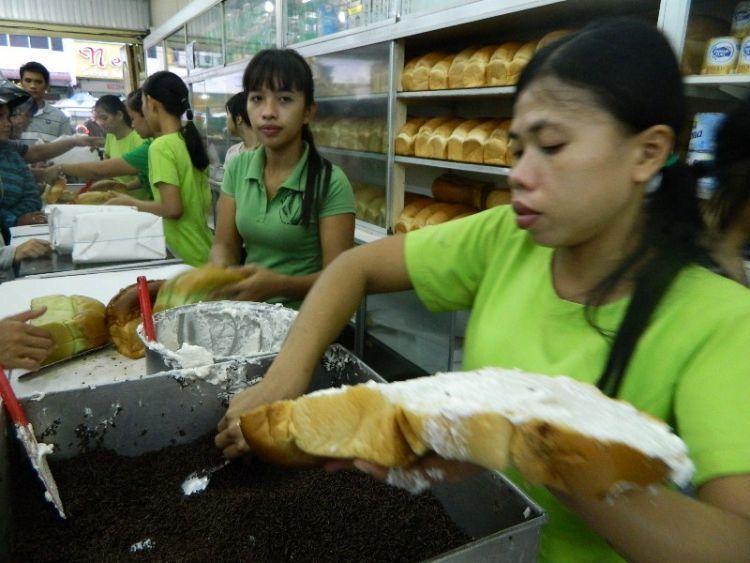 Roti ganda juga terkenal
