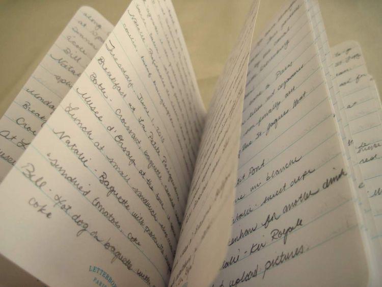 Tulis pengalamanmu di jurnal