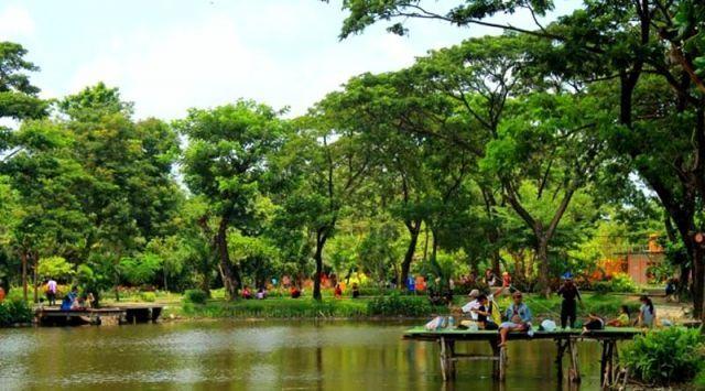 Taman juga bisa jadi sarana rekreasi