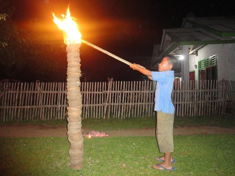Tradisi Bakar Gunung Api oleh suku Serawai di Bengkulu