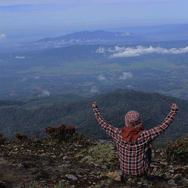 Pemandangan dari Gunung Ciremai. Foto IG: @abdulbule.