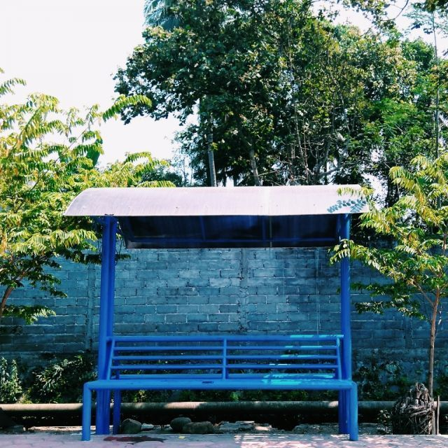 Ngadem di shelter dekat Sungai Cengek boleh juga
