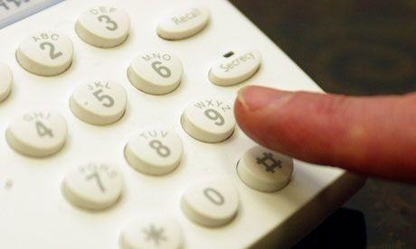 Gagal ngobrol sore itu disponsori telepon rumah yang digembok