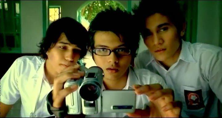 Catatan Akhir Sekolah; film yang mengenalkan nama Hanung Bramantyo