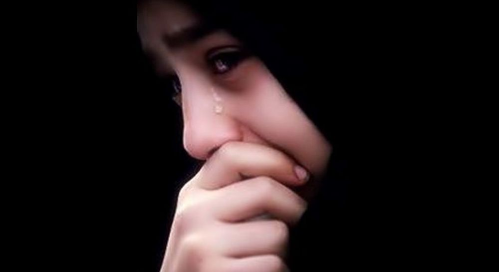 Wanita Menangis Bukan Karena Lemah Sering Kali Karena Ia Merasa Tak Ada Yang Mengerti Perasaanya