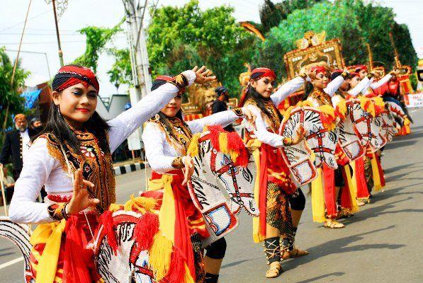 Tarian Jawa Timur