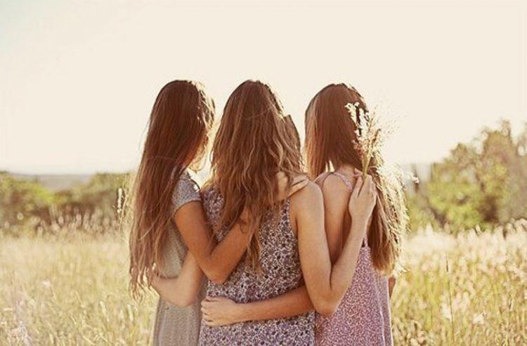 friendsss-750x492