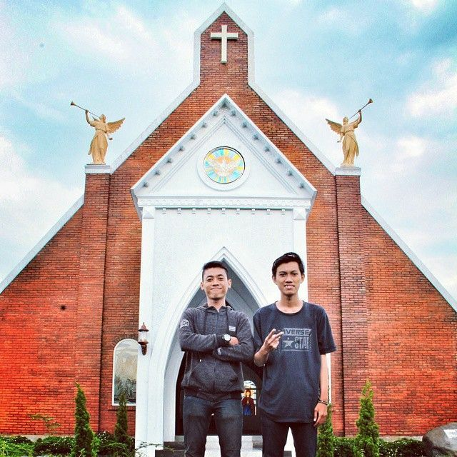 Gereja Santa Veronica by @aristriyan