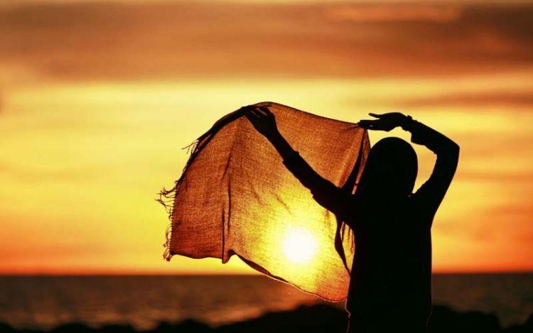 girl-hijab-sunset-1680x1050