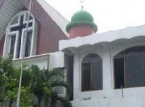 Masih Ribut Ribut Soal Tolikara Masjid Dan Gereja Ini Bertahun