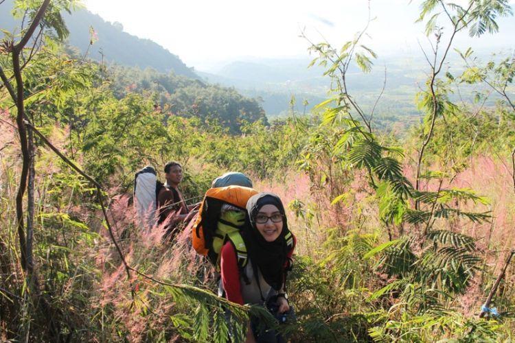 Menangkap ekspresi wajah di atas gunung