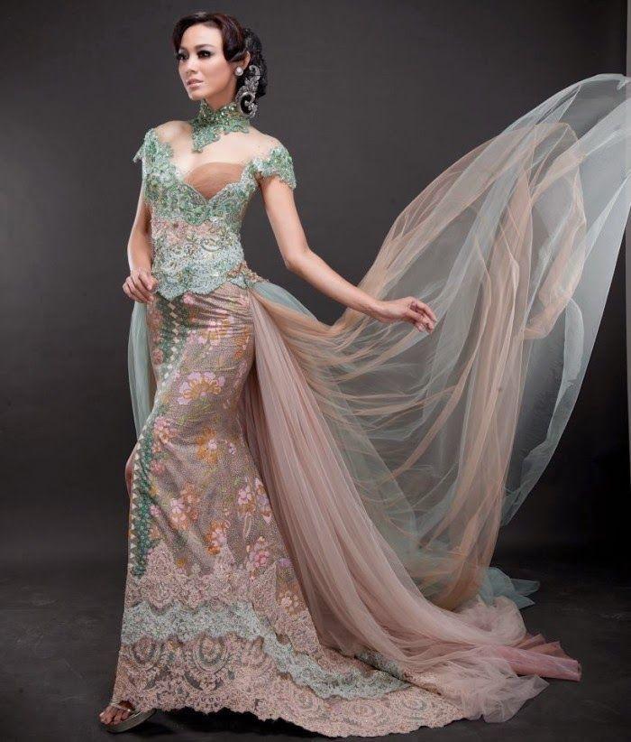 Kebaya pengantin yang cantik dan indah