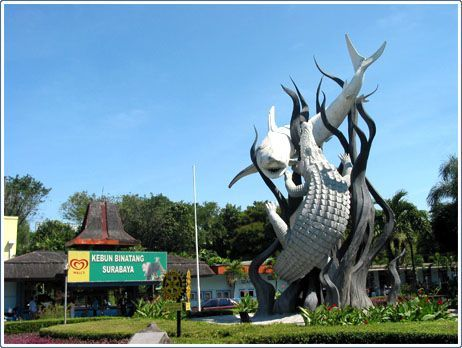 Surabaya cenderung panas