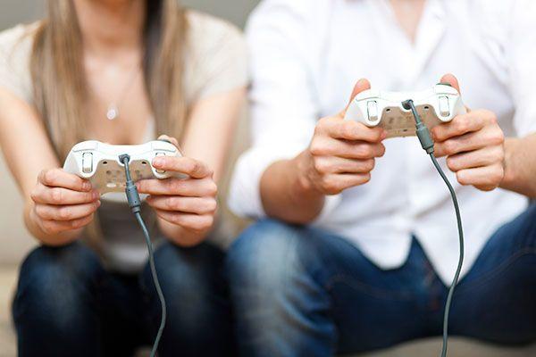 Pasangan gamers