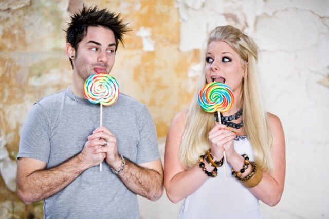 Cara mencintai pasangan yang bersifat ekstrovert