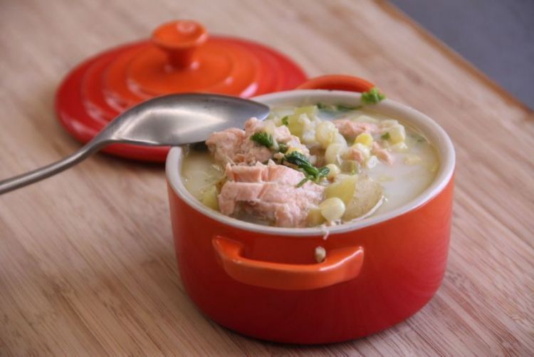 sup ikan salmon