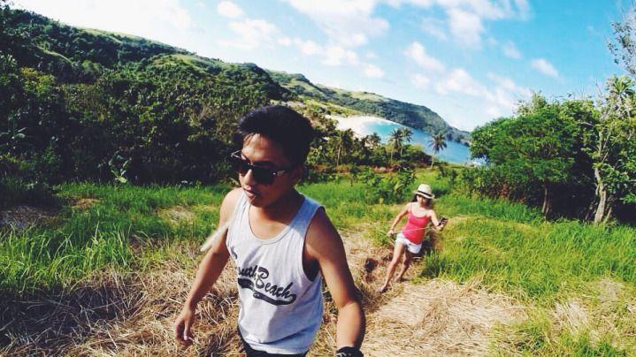 Group hiking bareng teman bisa menambah keriaan