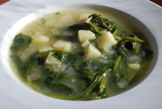 Sup bayam dan kentang