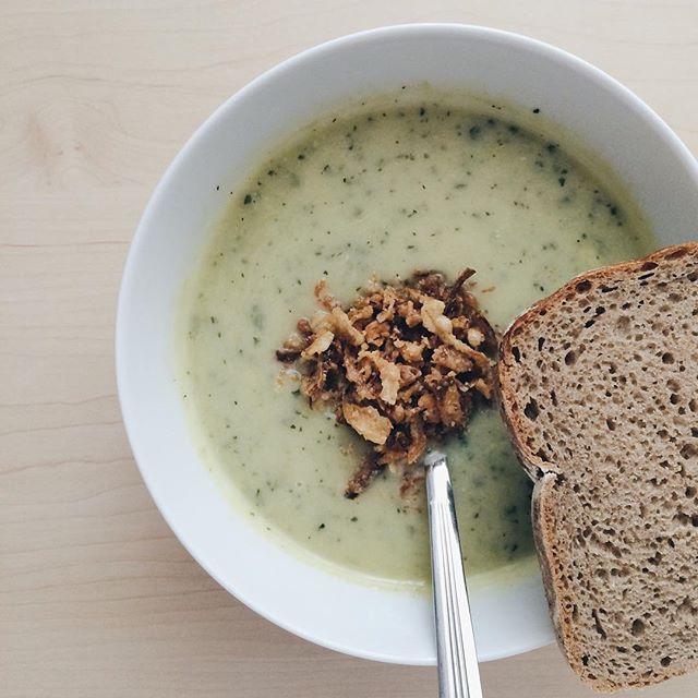 Pilihan lain zuppa soup. Cream soup yang gak kalah lezat