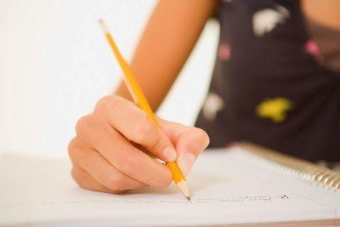 Zaman dahulu, keterampilan menulis surat patut dikuasai semua orangtua murid.