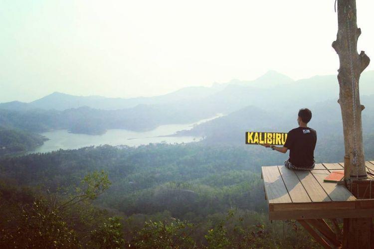 Destinasi kekinian yang tampak cantik di Instagrammu, Kali Biru (Kredit foto: @tyosmadn87)