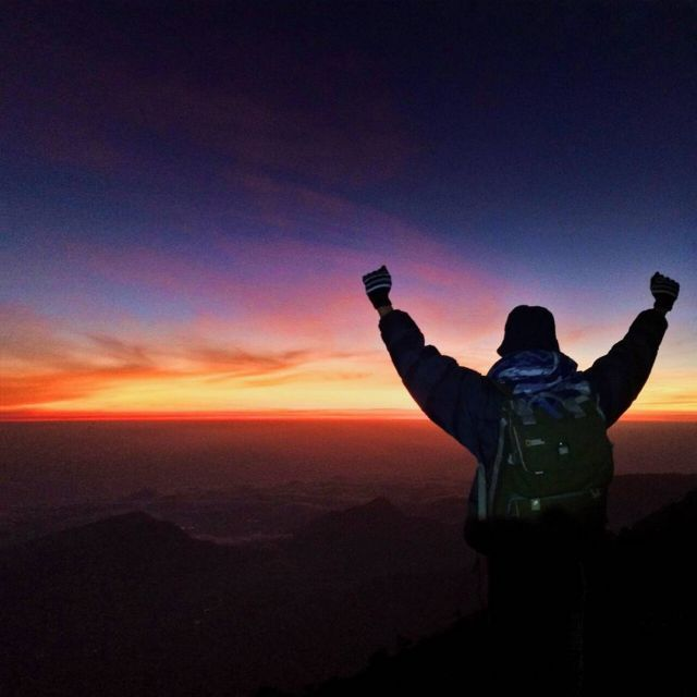 Butuh waktu untuk sebuah pengalaman dan Butuh tenaga untuk sebuah perjalanan