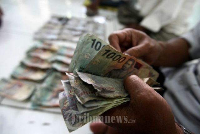 Uang kamu di akhir bulan. hu hu hu