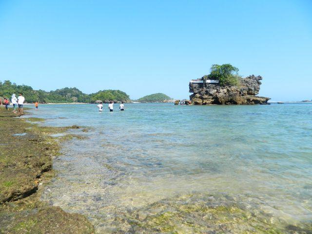 Pantai Kondang Merak yang asyik buat tempat kemah