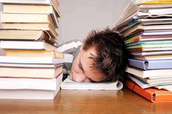 Masa ujian memang membuat kepala menjadi berat