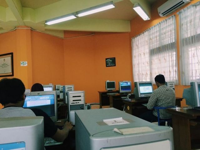 komputer khusus mahasiswa