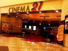 Bioskop, tempat yang tak pernah sepi.