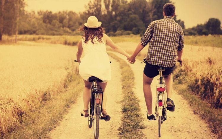 bersepeda keliling kota