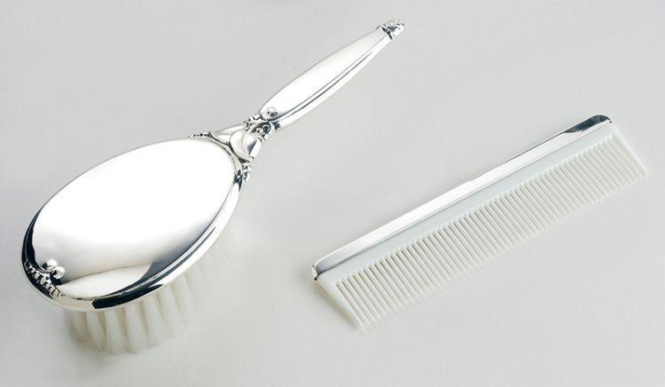 jangan lupa sisir rambutmu biar nggak kusut