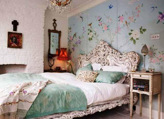 lovely shabby bedroom