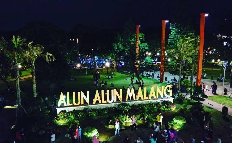 Wajah Baru Alun-Alun Malang. Credit to @ikaprasetyawan