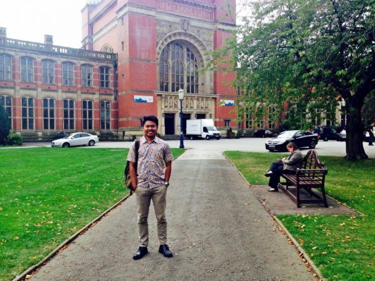 Adhi Wicaksono, dari UNY ke Birmingham