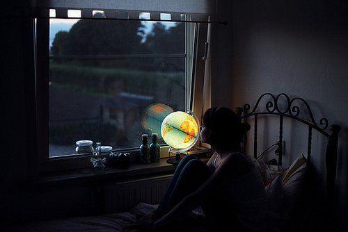 Dengan lampu secukupnya