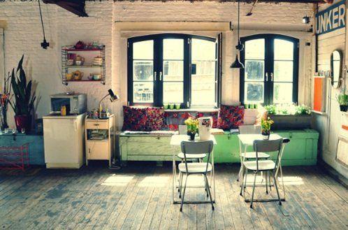 ruang santai ala bar vintages