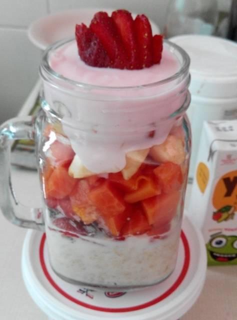 fruity yoghurt oats