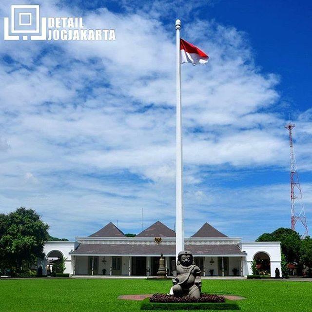 Gedung Agung/Gedung Negara