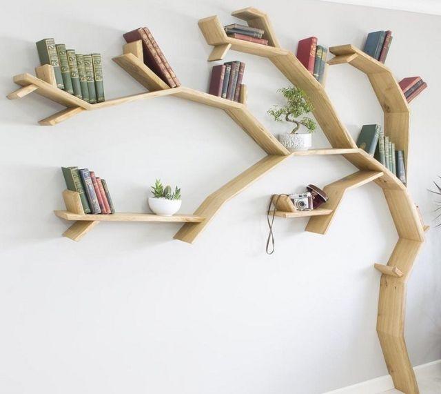 Desain rak buku unik berbentuk pohon //