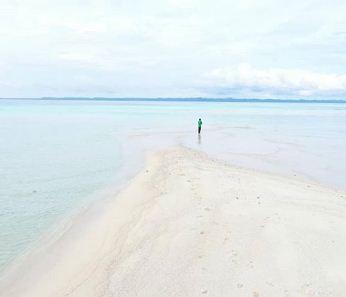 Pulau Banyak, Kabupaten Aceh SIngkil. Oleh @rurydermawan