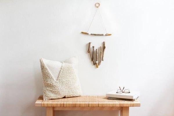 Hiasan dinding boho bergaya kayu rustic