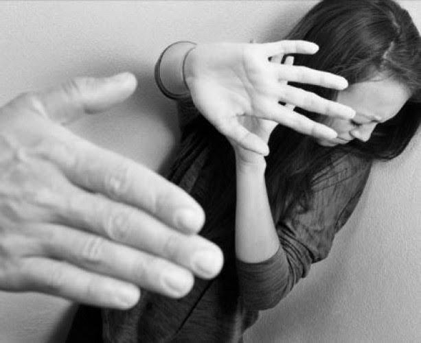 Perempuan rentan dengan KDRT (lampost.co)