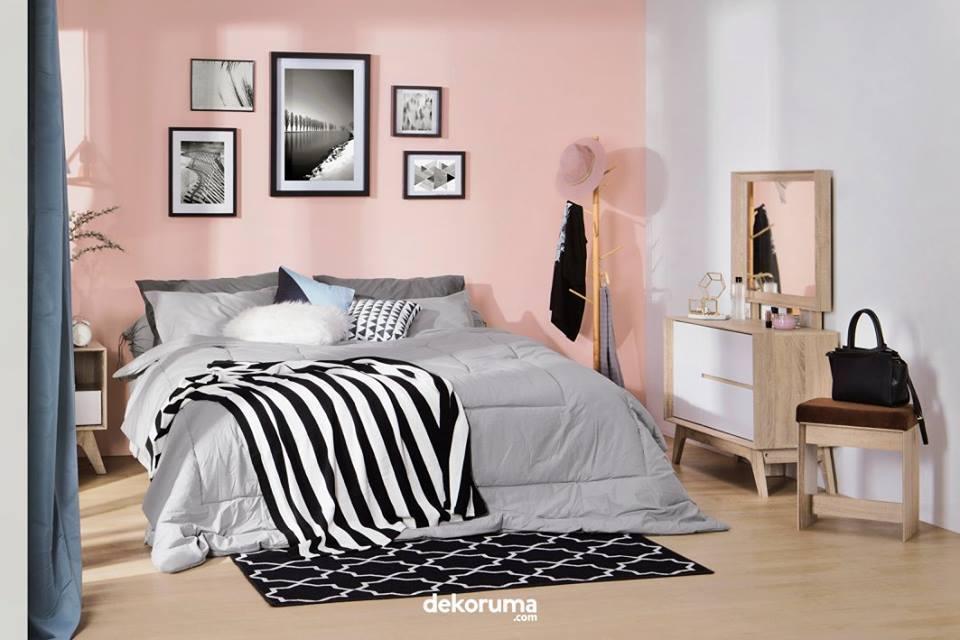 Kamar Tidur Nuansa Pink