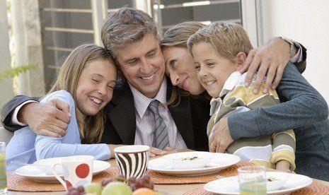 Keluarga yang harmonis dapat membuat bahagia