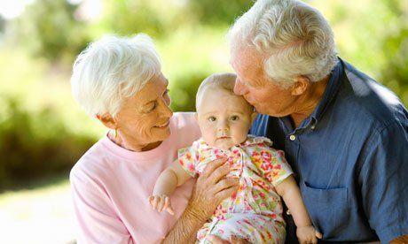 jadi kesayangan kakek dan nenek
