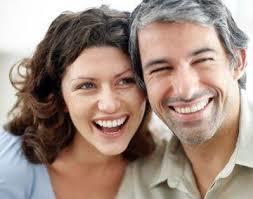 pacaran beda usia