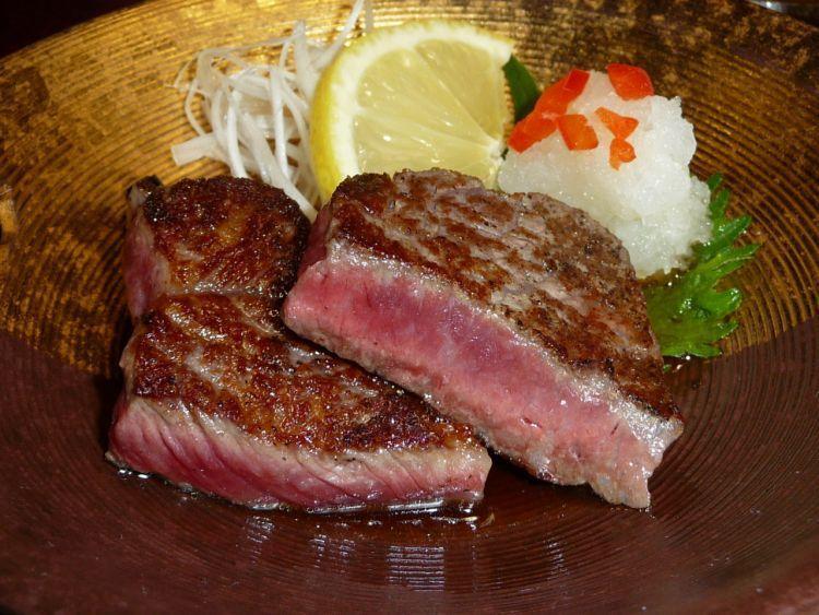 Steak dewa di Kobe